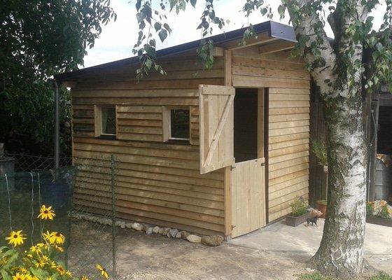 Výroba zahradního domku včetně zámkové dlažby