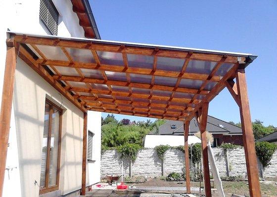 Pokládka dřevěné terasy, stavba pergoly