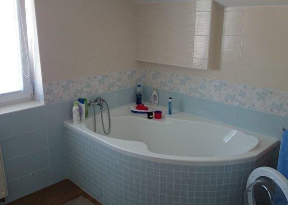 Rekonstrukce dvou koupelen a WC