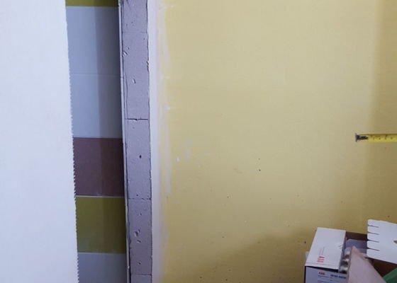 Realizace posuvných dveří do koupelny na stěnu