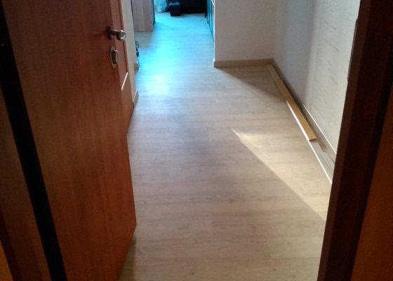 Vinylová podlaha, akustické stropy