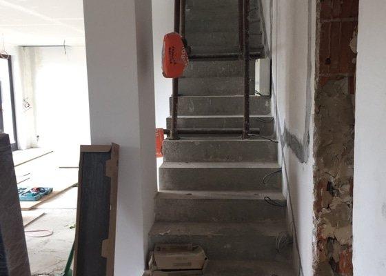 Výroba dřevěných schodových nášlapnic na schodiště
