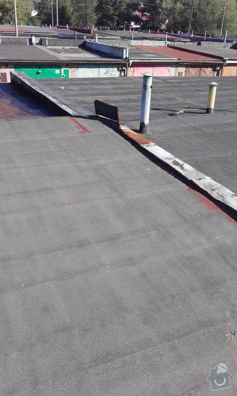 Pokrytí střechy garáže novou krytinou: 20150917_093602