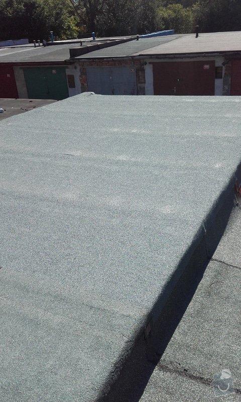 Pokrytí střechy garáže novou krytinou: 20150917_113853
