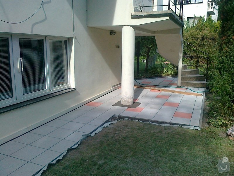 Rekonstrukce cihlové dlažby na zahradě 23 m2: 030920151647
