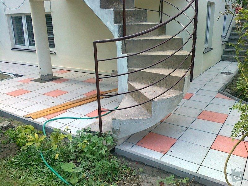 Rekonstrukce cihlové dlažby na zahradě 23 m2: 030920151650