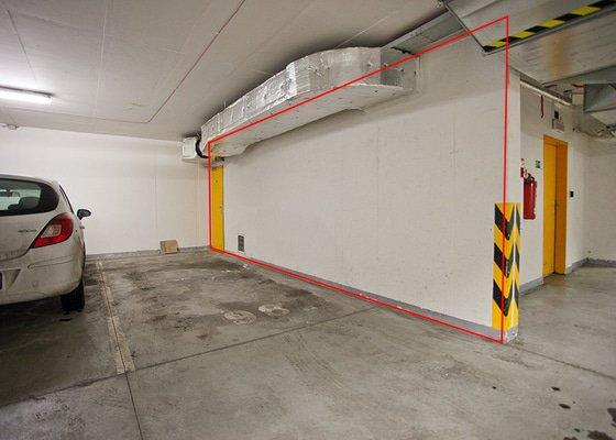 garaz-stena