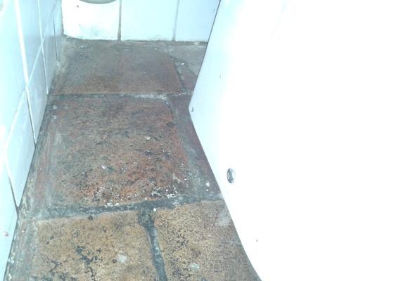 UKOTVENÍ WC o podlahu - do chemické kotvy
