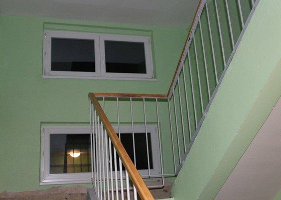 Malířské a natěračské práce v bytovém domě