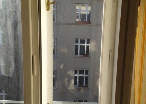 Oprava vnějšího křídla špaletového okna