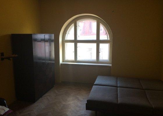 Oprava 2 špaletových oken, Hradec Králové