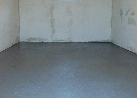 Malování, nátěr podlahy
