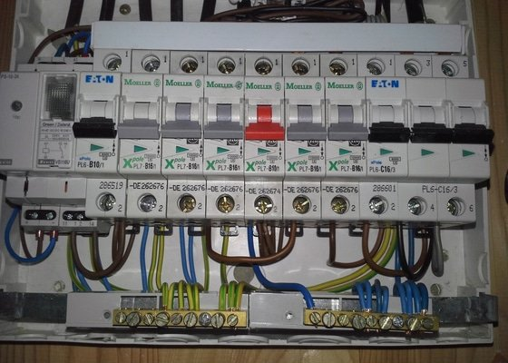 Poptavam provedeni elektroinslace v nove stodole