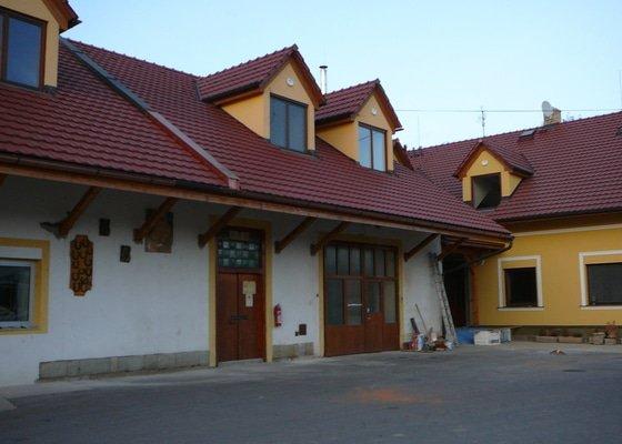 Rekonstrukce střechy Farma Vlčnov