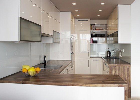 Moderní kuchyň do novostavby pro mladý pár