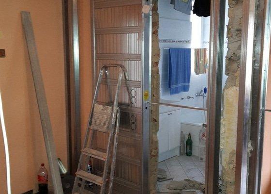 Montáž dveřních pouzder