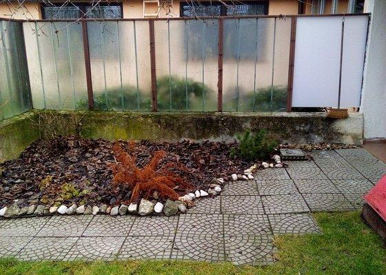 Rekonstrukce plotu v zahradě rodinného domku