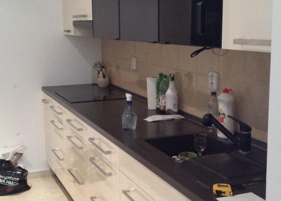 Úprava kuchyňské linky pro novou myčku
