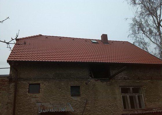 Výměna části krovů, střešní krytiny