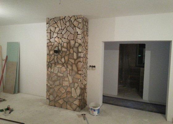 Obkladač kamenného obkladu