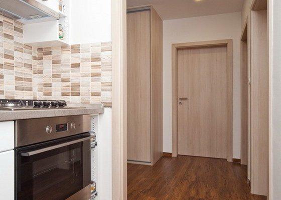 Rekonstrukce koupelny, WC a části bytu
