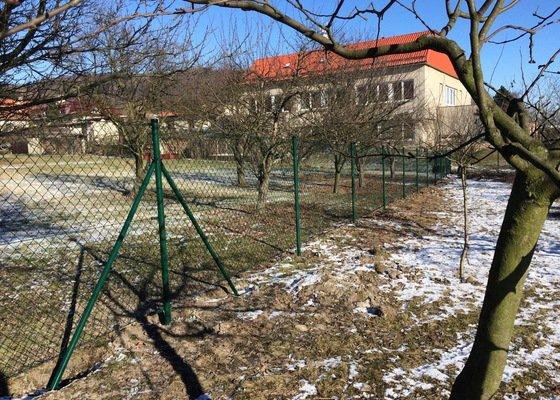 Výstavba drátěného plotu na klíč Olomouc