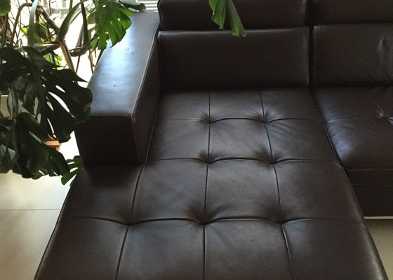 Čalounické služby : Oprava prosezené kožené ital. sedačky