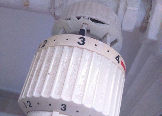 Výměna vložky ventilového tělesa a termostatických hlavic ústředního topení - 128 ks
