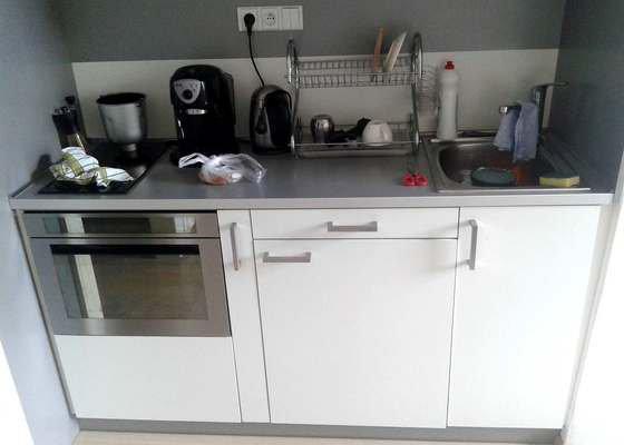 Úprava kuch. linky a instalace myčky
