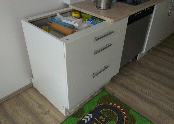 Přířez a olepení hran kuchyňské pracovní desky
