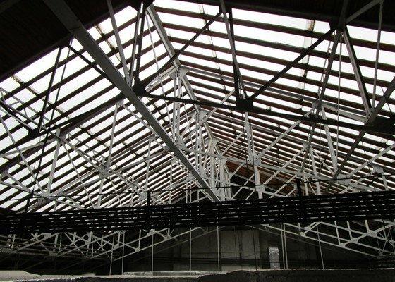 Oprava skleněné střechy budovy Ústavního soudu