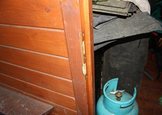 Oprava dřevěného okna a dveří (chalupa)