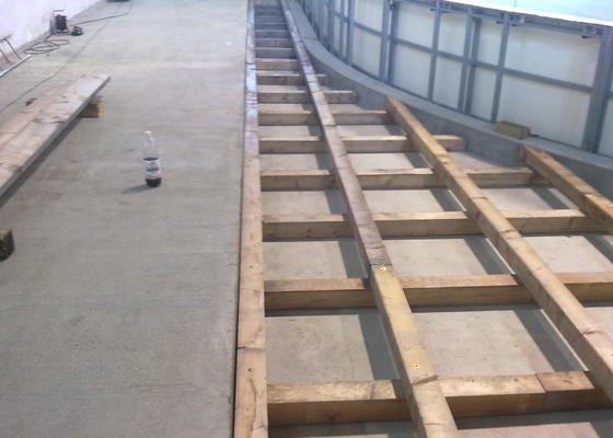 Fošnová podlaha na dřevěném roštu