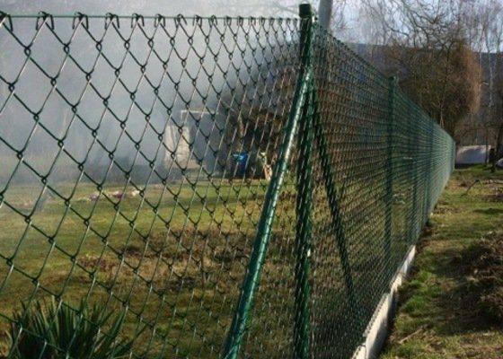 Drátěný plot z poplastovaného pletiva - Olomouc