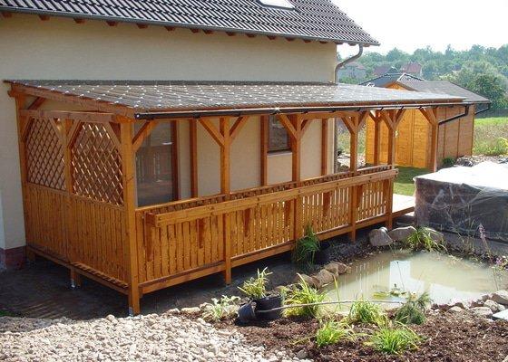 Samonosná dřevěná pergola