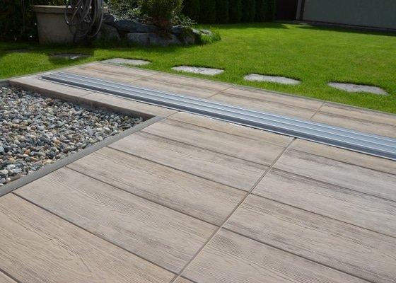 Pokládka zámkové dlažby+terasa