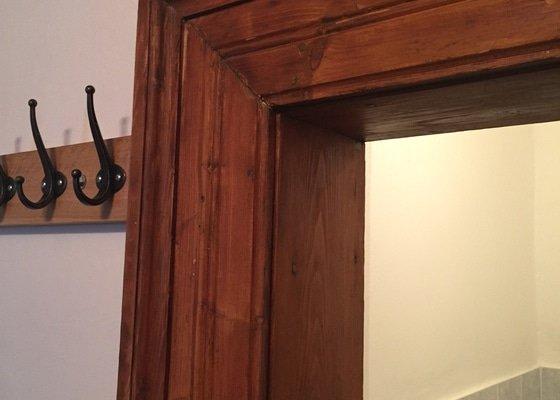 Zrestaurování dřevěných zárubní