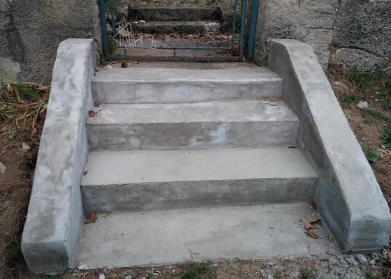 Zednické práce - oprava venkovních schodů