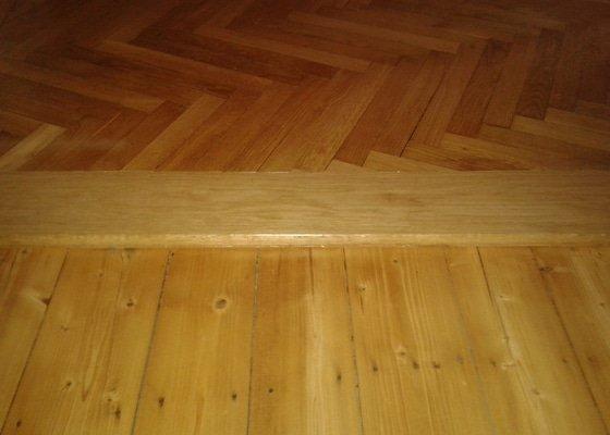 Broušení a lakování dřevěné podlahy 12m2