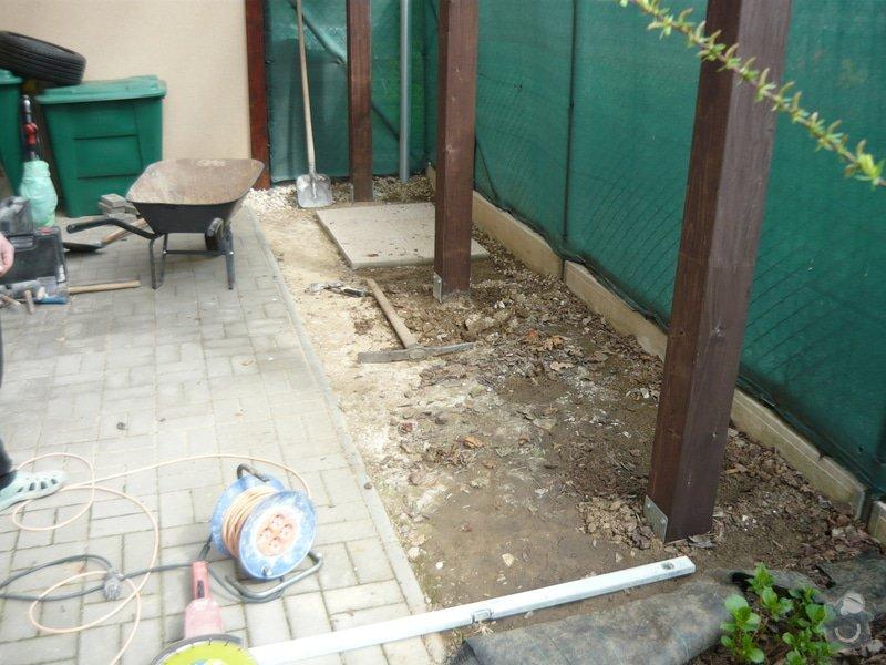 Rozšíření zámkové terasy: P1050043