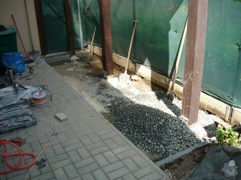 Rozšíření zámkové terasy: P1050046