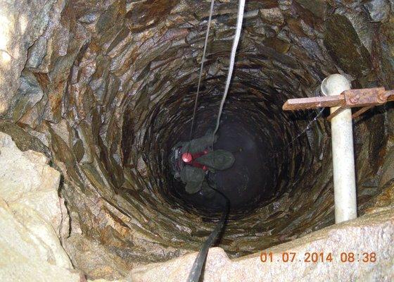 Čištění a oprava studny