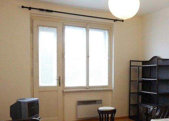 Repasovani, tesneni a lakovani 3 drevenych oken