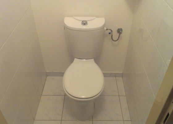 Výměnu/opravu plovákového ventilu na WC
