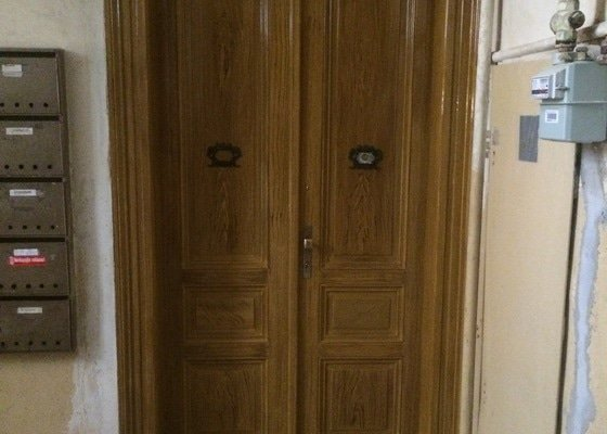 Repase oken a dveří v secesním domě