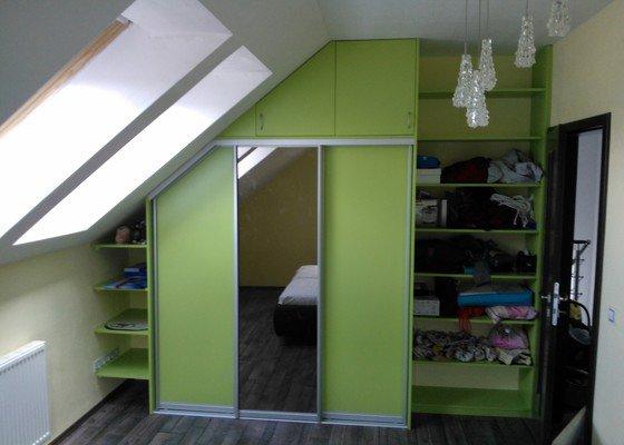 Vestavěné skříně a kuchyňská linka