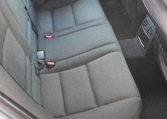 Hloubkové čištění sedaček u BMW