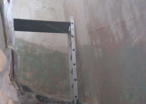 Malířské práce - chodba, schodiště