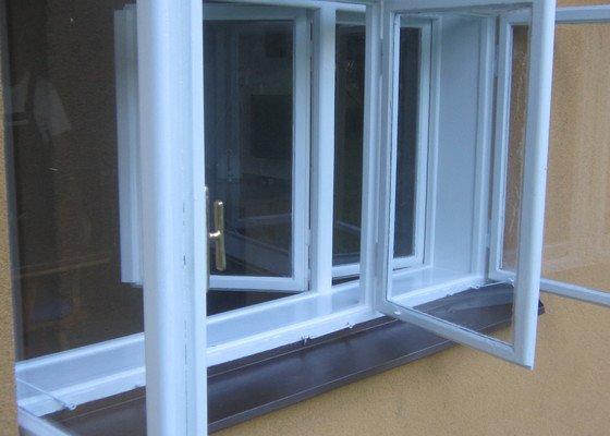 Revitalizaci špaletových oken (nátěry)