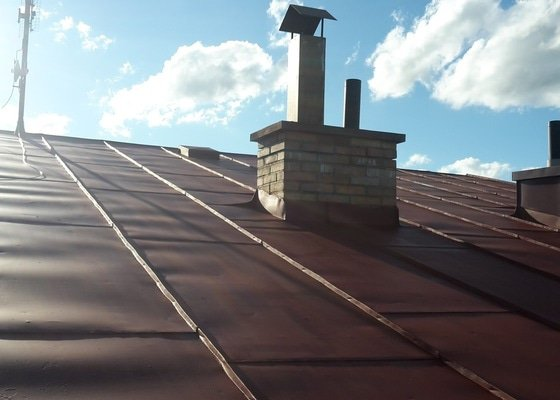 Nátěr plechové střechy